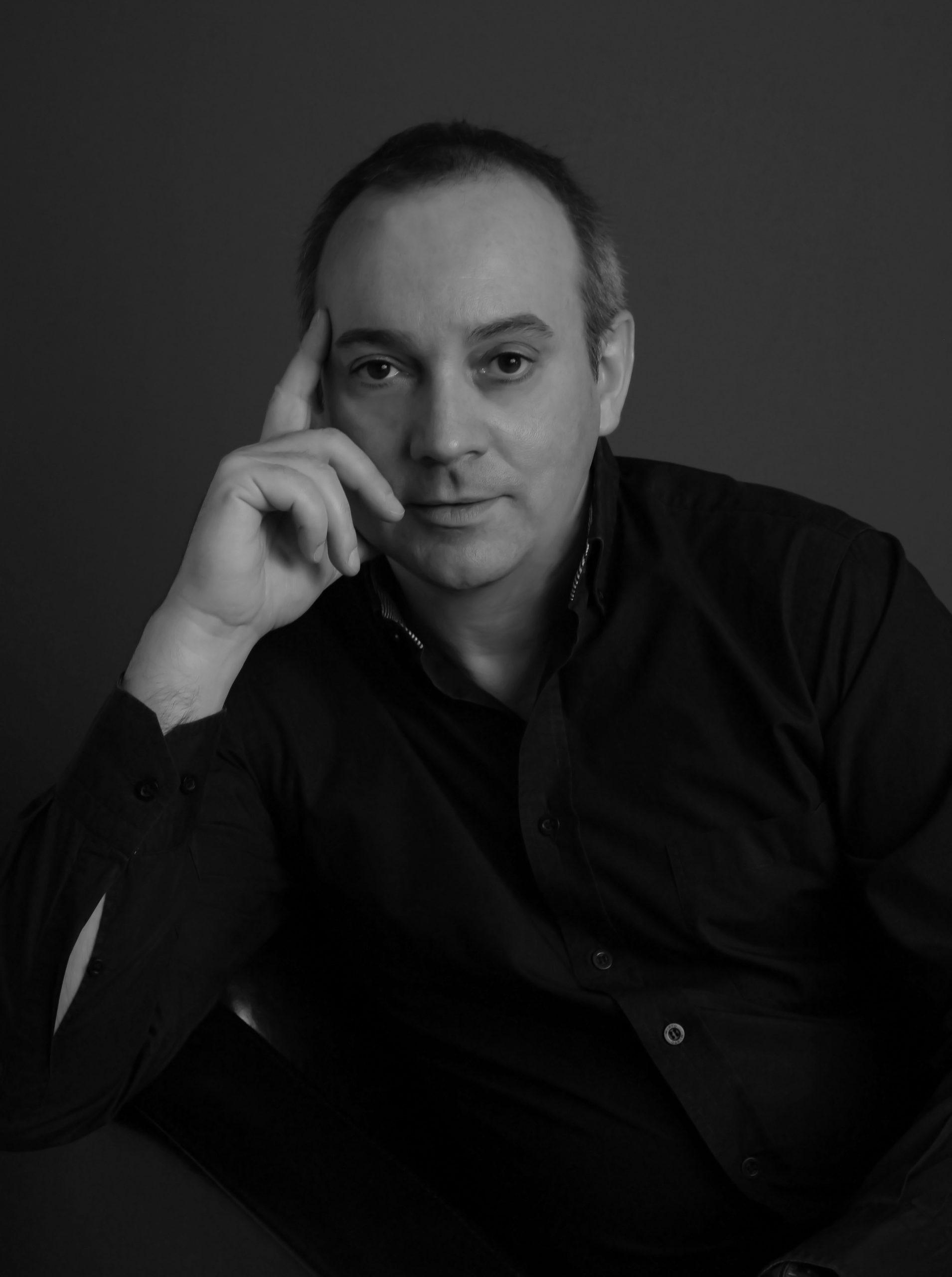 Javier Bahon